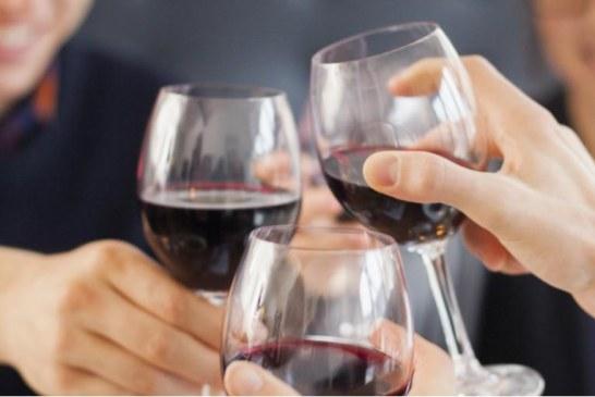 Vino rosso contro il tumore al seno