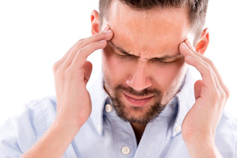 Cefalea da sinusite altrasalute for Mal di testa da pressione alta