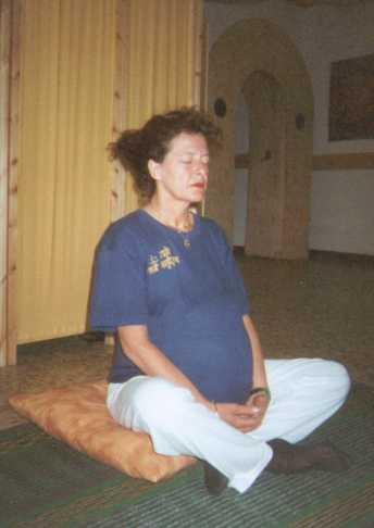 yoga gravidanza posizione 4