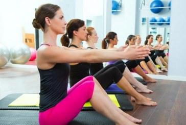 Mobilizzazione bacino gambe piegate e tese